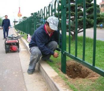 重慶人行道護欄定制